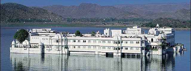 Udaipur Local City Tour Package