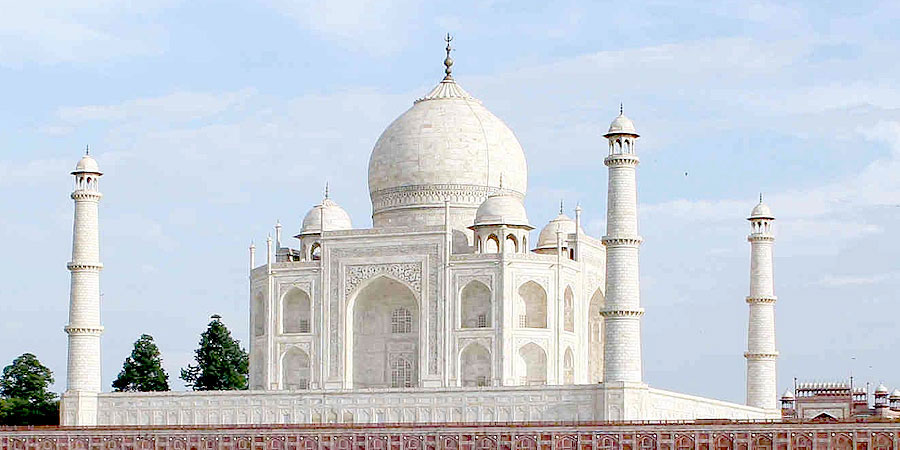 India Travel Tours offer Day Trip to Taj mahal Agra